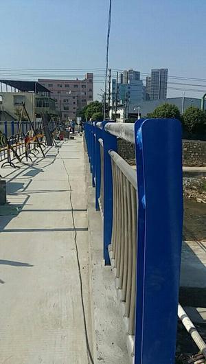 青海竞技宝官网lol投注平台栏杆